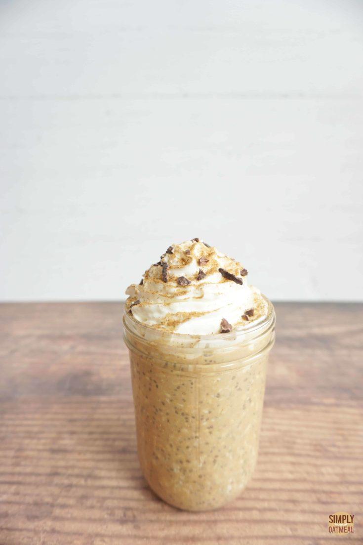 pumpkin spice latte overnight oats in a mason jar