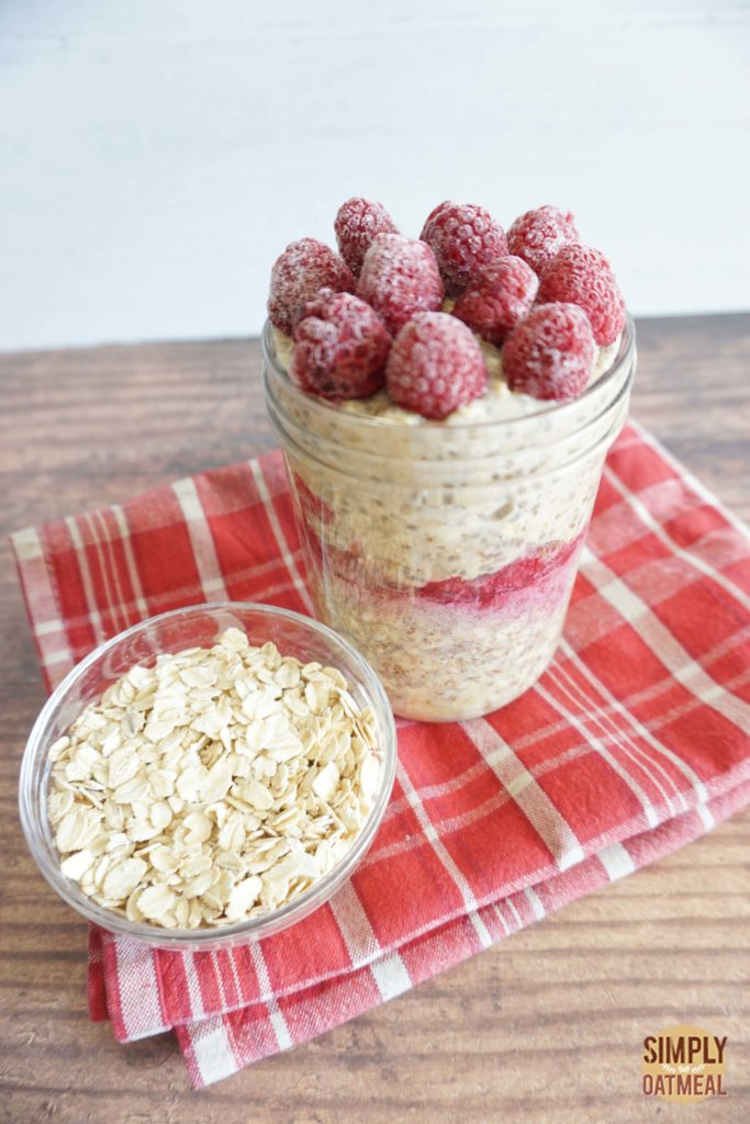 Overnight oats with banana, raspberries and raspberry-chia jam