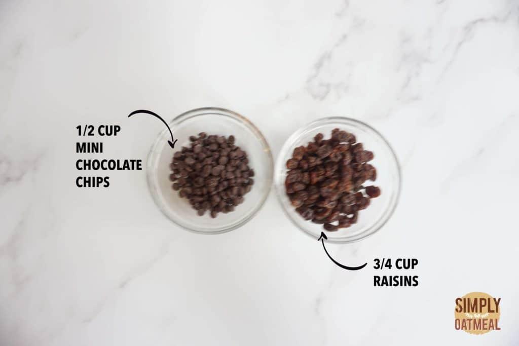 Mini chocolate chips and raisins