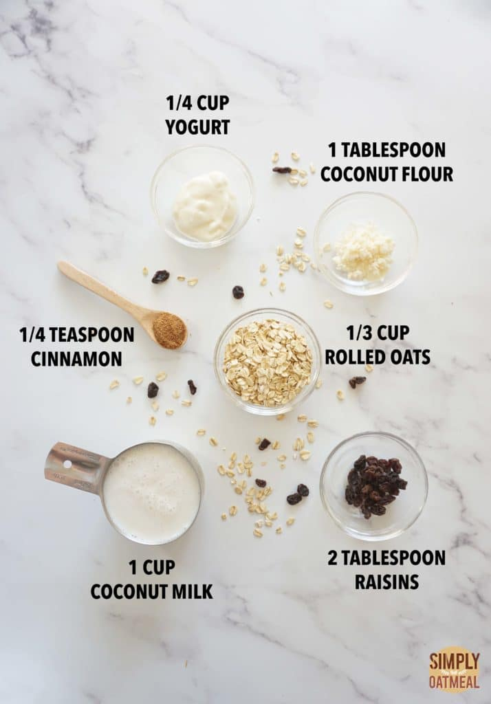 ingredients to make an oatmeal raisin cookie smoothie