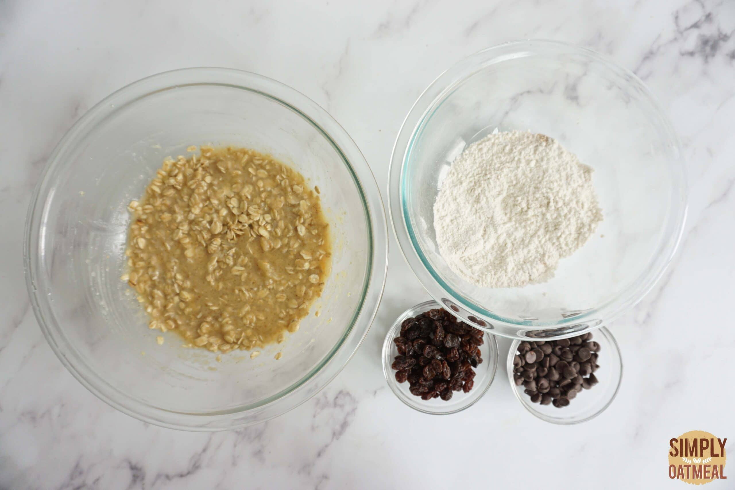 Wet and dry ingredients to make applesauce oatmeal muffins