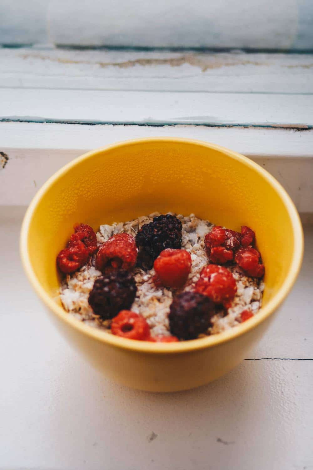 Does overnight oats need to be cooked?
