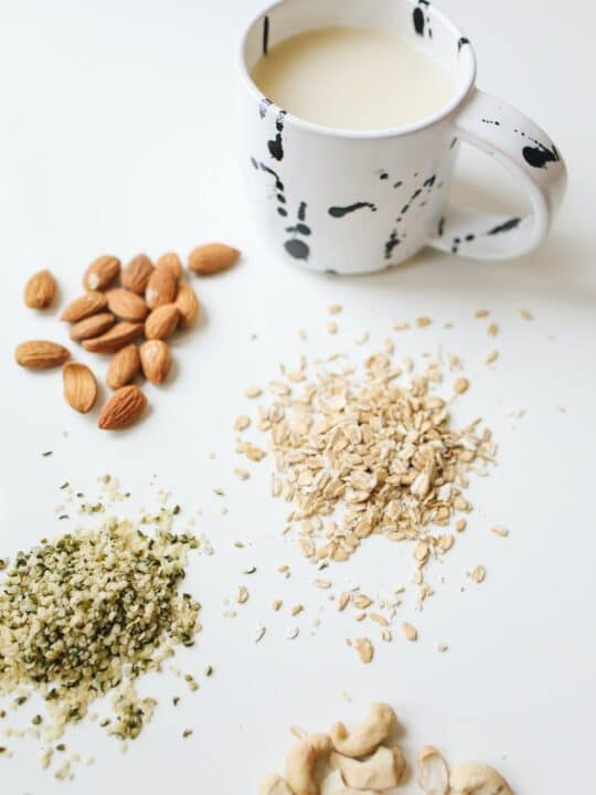 How can you tell if oat milk has gone bad?