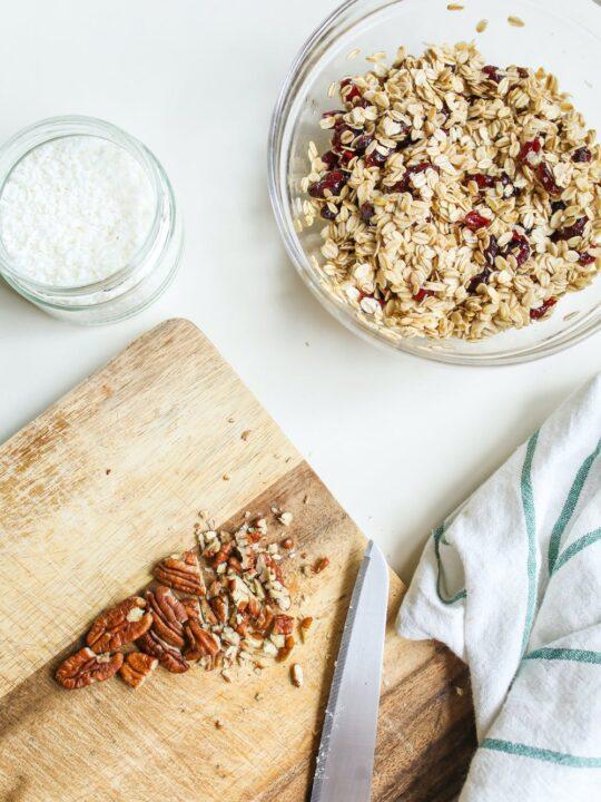 Difference between muesli vs granola